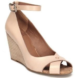Lucky Brand Cork Stacked Heel Wedges 8.5""